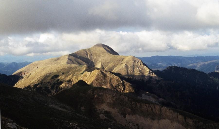 Αγραφιώτικα βουνά, εκεί που οι ευκολίες χάνονται..