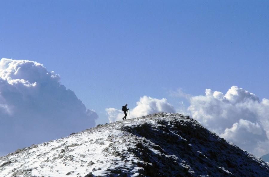 Το πρώτο φετινό χιόνι στο χωριό Βλάση, κατεβαίνοντας απ τηΚαράβα