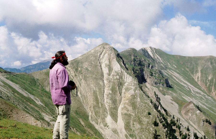 Απ το χάνι του Νασιώκα στα κονάκια Πατλιάς μετά Χονδροσπάνι, 2.069 μ. και Καράβα, 2.186μ.